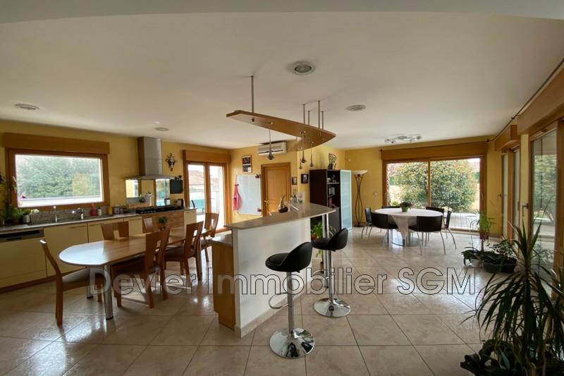 Maison contemporaine Montpellier   achat maison contemporaine  5 chambres   240m²
