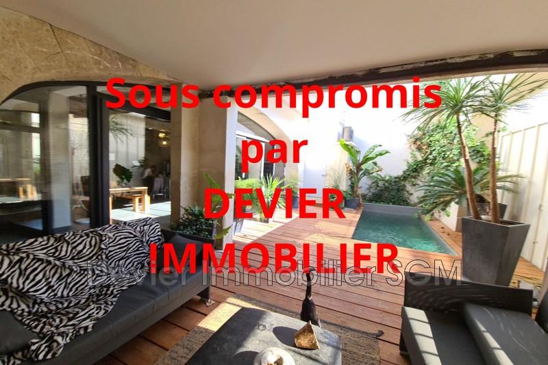 Demeure de prestige Saint-Geniès-des-Mourgues   achat demeure de prestige  6 chambres   300m²