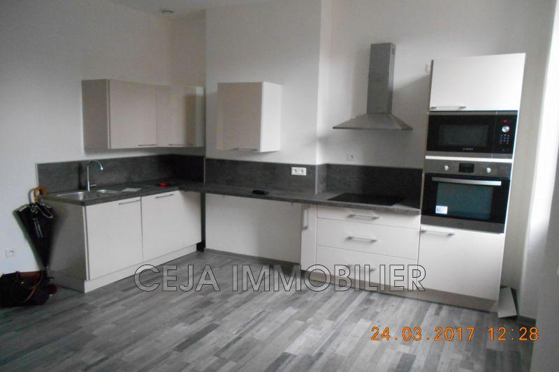 Appartement Draguignan Centre-ville,  Location appartement  3 pièces   60m²