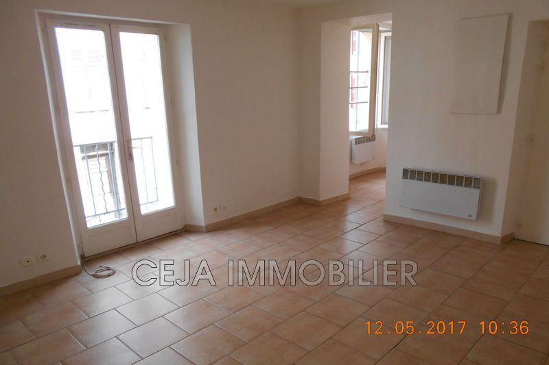 Photo Appartement Draguignan Centre-ville,  Location appartement  2 pièces   34 m²