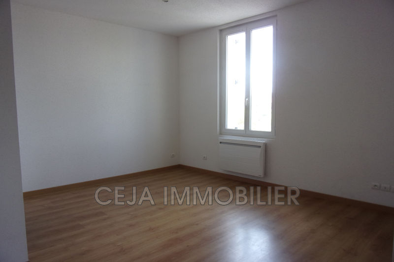 Photo n°3 - Location appartement Draguignan 83300 - 660 €