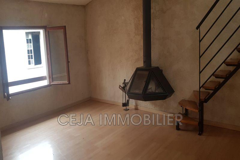 Appartement Figanières Centre-ville,  Location appartement  3 pièces   83m²