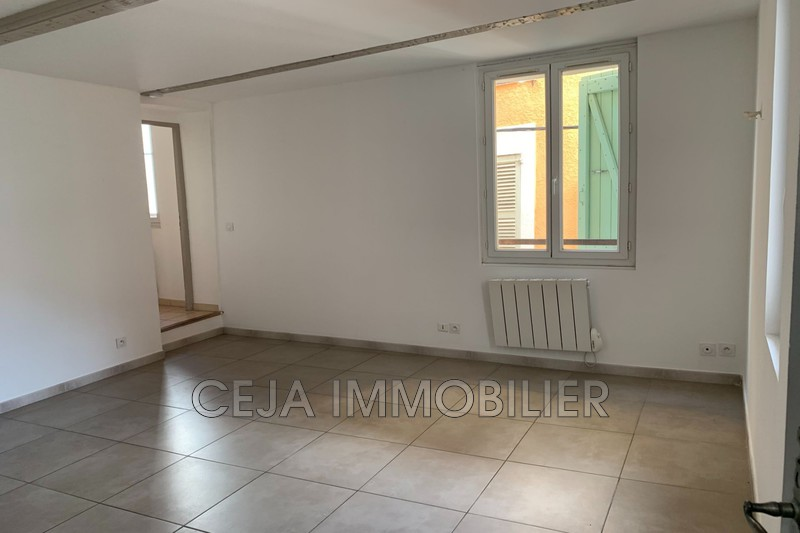 Photo Appartement Draguignan Centre-ville,  Location appartement  2 pièces   35 m²