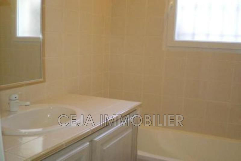 Photo n°9 - Location Maison villa Draguignan 83300 - 2 100 €