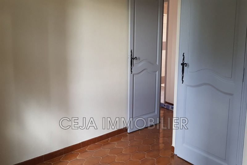 Photo n°8 - Location appartement Trans-en-Provence 83720 - 1 100 €