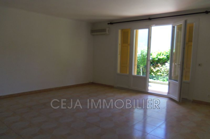 Photo n°2 - Location appartement Draguignan 83300 - 860 €