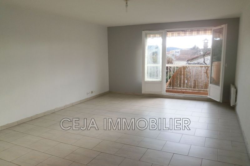 Photo Appartement Draguignan Proche centre ,  Location appartement  3 pièces   62 m²