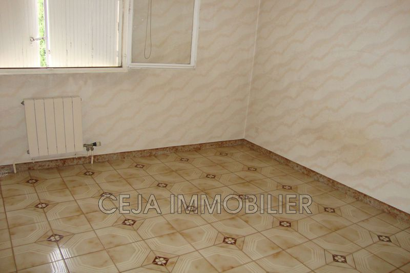 Photo n°8 - Vente appartement Draguignan 83300 - 130 000 €