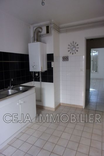 Photo n°2 - Vente appartement Draguignan 83300 - 99 750 €