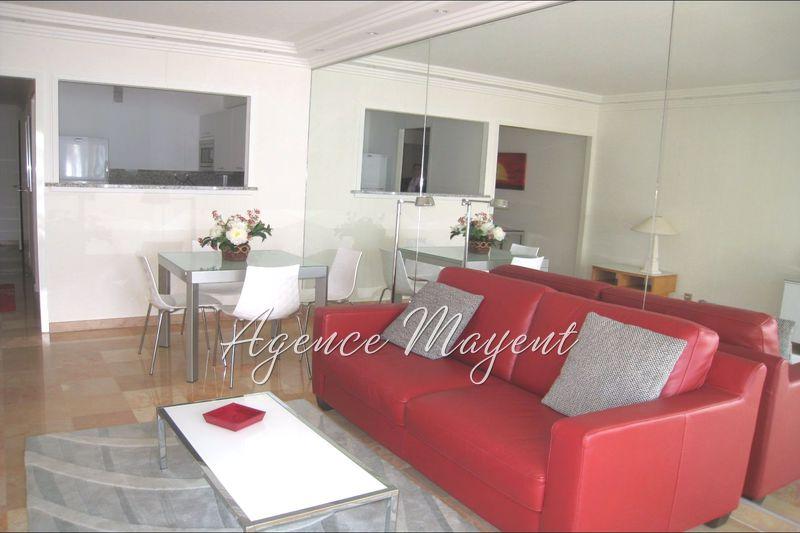Appartement Cannes Croisette,  Location saisonnière appartement  3 pièces   70m²