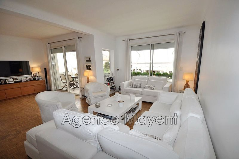 Photo n°2 - Vente appartement Cannes 06400 - 735 000 €