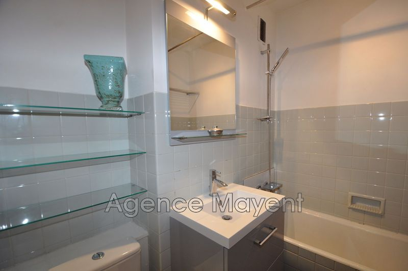 Photo n°3 - Vente appartement Cannes 06400 - 238 000 €