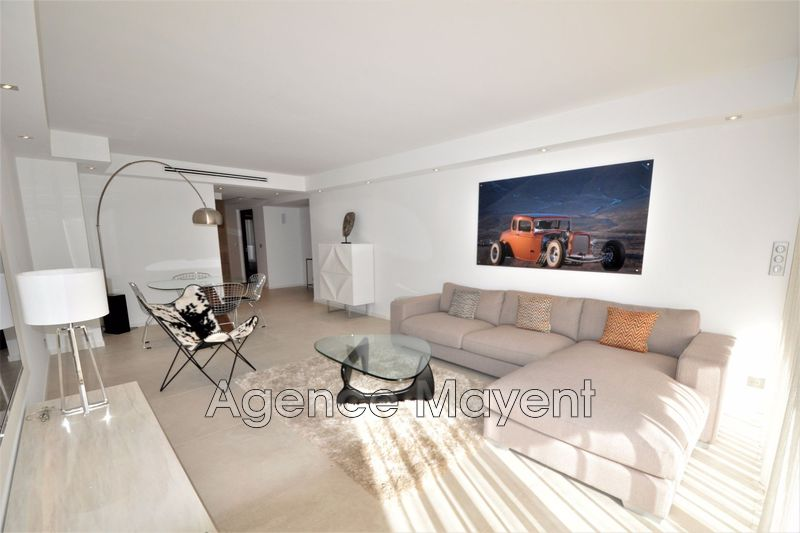 Photo Apartment Cannes Centre-ville,   to buy apartment  3 rooms   85 m²