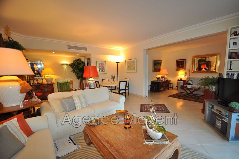 Photo Apartment Cannes Palm beach,   to buy apartment  4 rooms   111m²