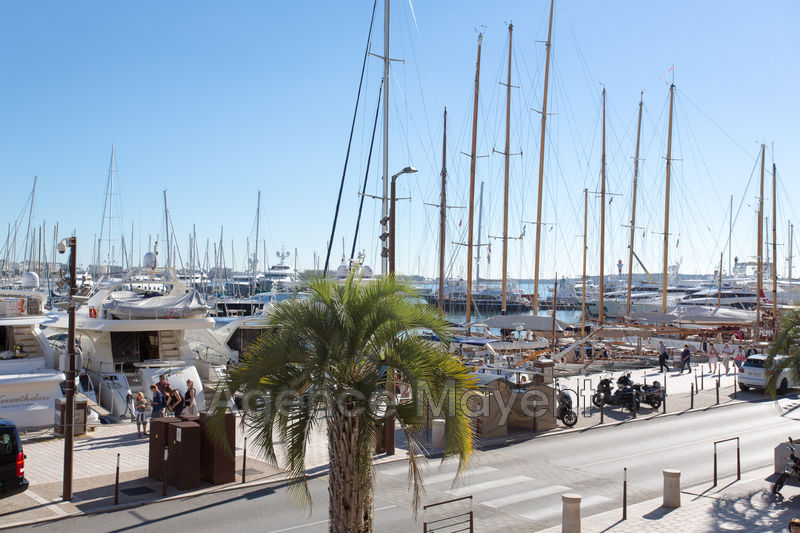 Photo Apartment Cannes Vieux port,   to buy apartment  3 rooms   71 m²