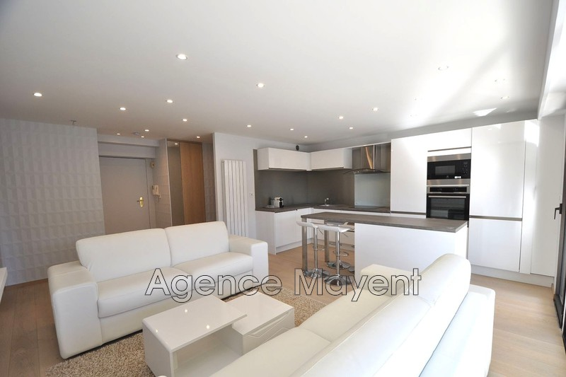 Photo Apartment Cannes Centre-ville,   to buy apartment  2 rooms   54 m²