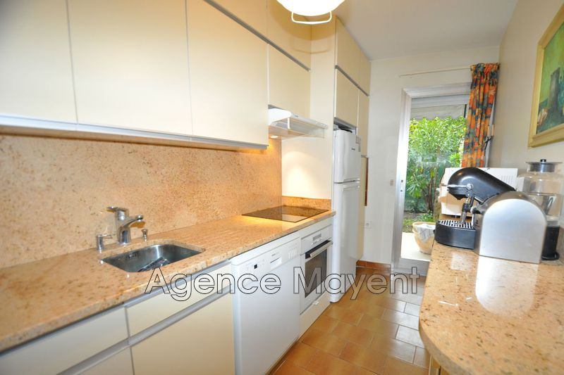 Photo n°3 - Vente appartement Cannes 06400 - 369 000 €