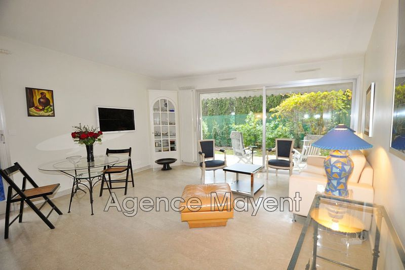 Photo n°2 - Vente appartement Cannes 06400 - 369 000 €