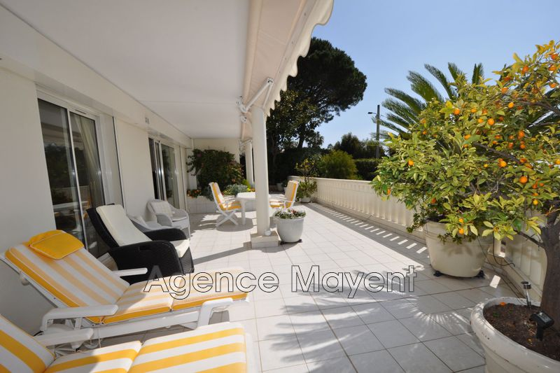 Photo Apartment Cannes Basse californie,   to buy apartment  7 rooms   220 m²