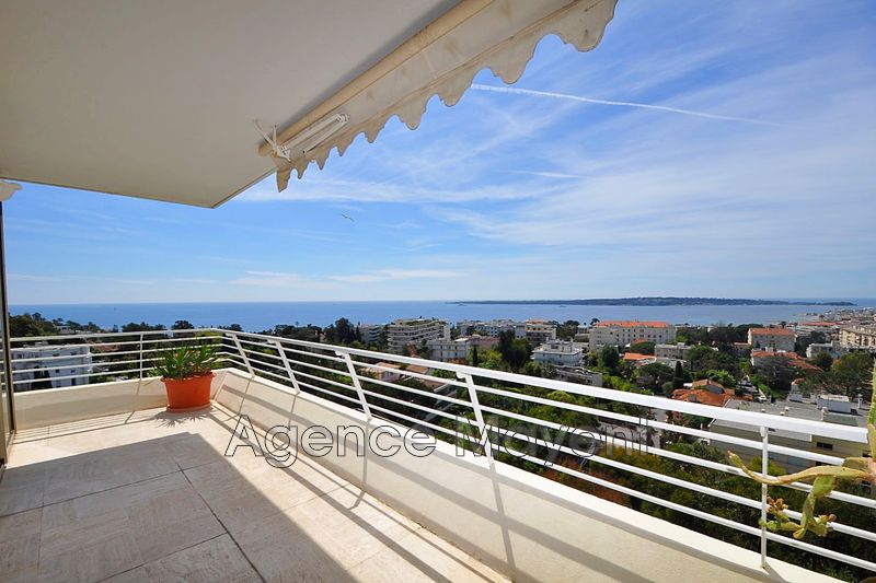 Photo Apartment Cannes Basse californie,   to buy apartment  4 rooms   104 m²