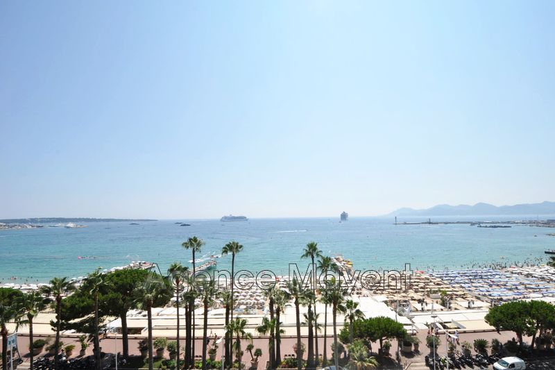 Photo n°1 - Vente appartement Cannes 06400 - 3 177 000 €