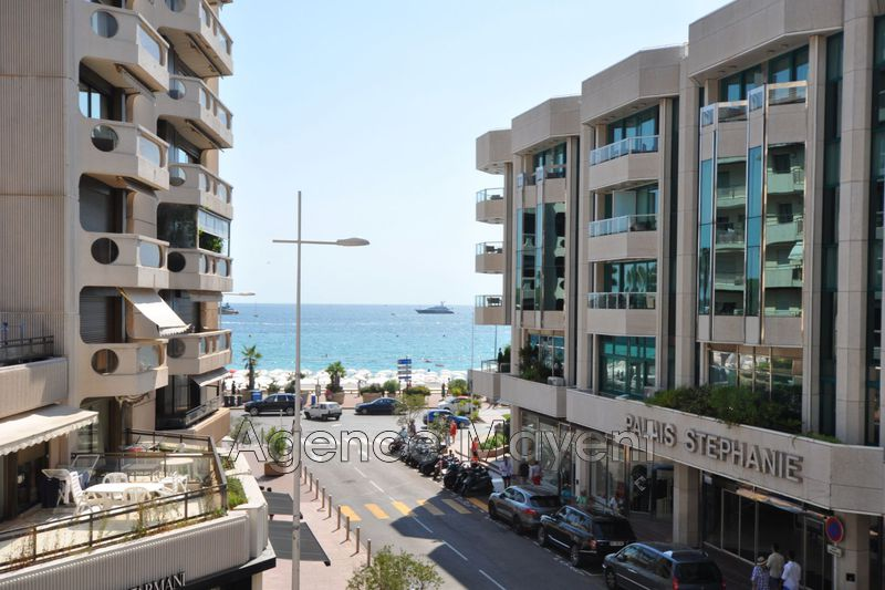 Photo Apartment Cannes Centre-ville,   to buy apartment  3 rooms   71 m²