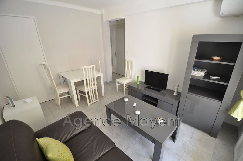 Photo Apartment Cannes Centre-ville,   to buy apartment  3 rooms   50 m²