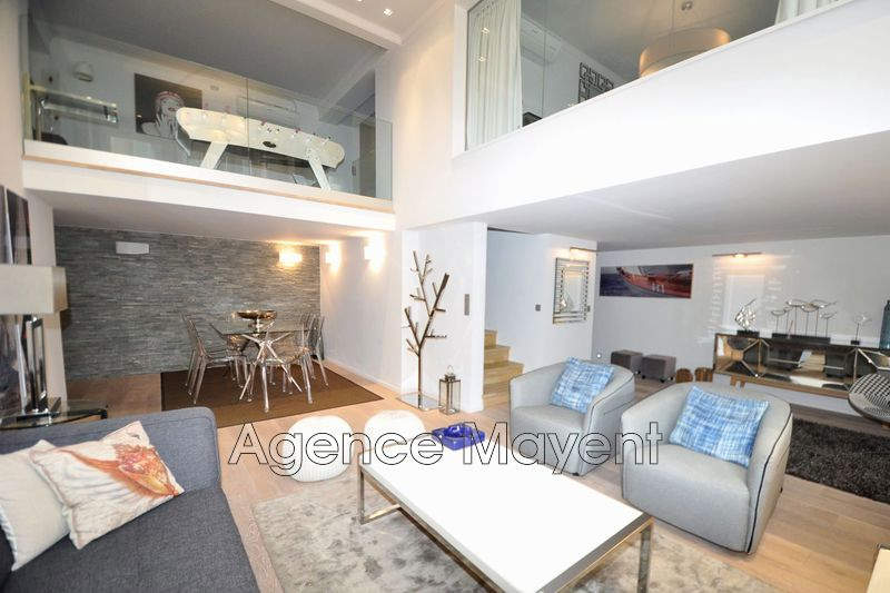 Photo Apartment Cannes Centre-ville,   to buy apartment  4 rooms   140 m²
