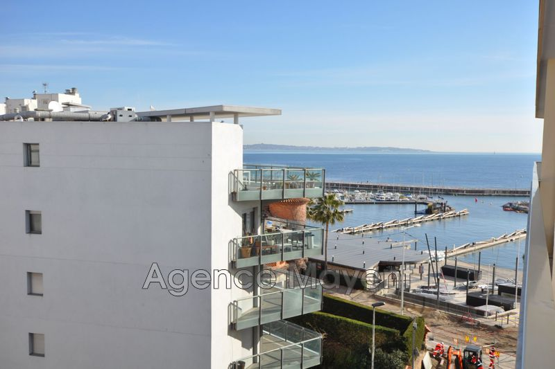 Photo Apartment Cannes Palm beach,   to buy apartment  2 rooms   46 m²