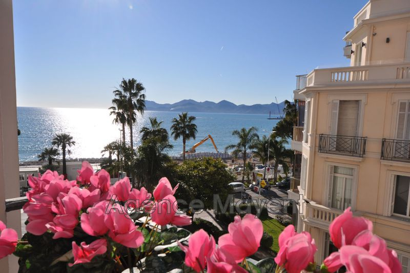 Photo Apartment Cannes Croisette,   to buy apartment  2 rooms   63 m²