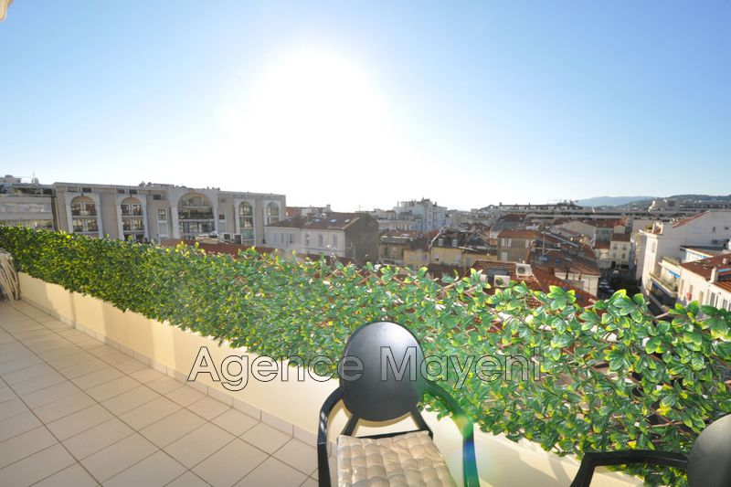 Photo Apartment Cannes Croisette,   to buy apartment  3 rooms   62 m²