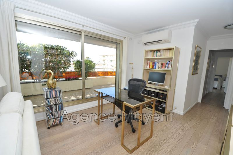 Photo n°4 - Vente appartement Cannes 06400 - 980 000 €