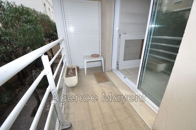 Photo Apartment Cannes Croisette,   to buy apartment  2 rooms   47 m²
