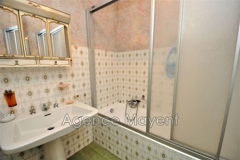 Photo n°3 - Vente appartement Cannes 06400 - 270 000 €