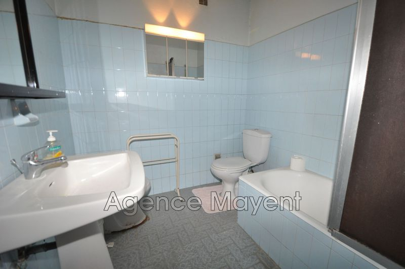Photo n°3 - Vente appartement Cannes 06400 - 155 000 €