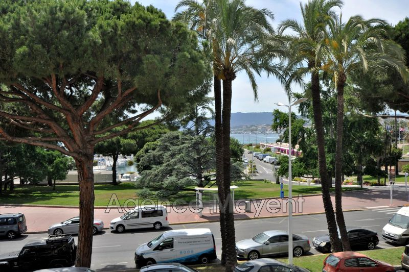 Photo Apartment Cannes Croisette,   to buy apartment  3 rooms   52 m²