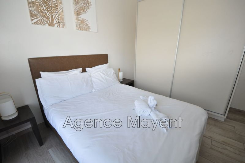 Photo n°2 - Vente appartement Cannes 06400 - 241 500 €