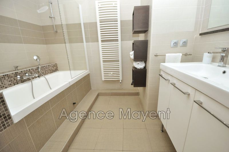 Photo n°4 - Vente appartement Cannes 06400 - 241 500 €