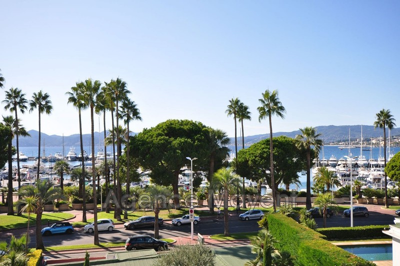 Photo Apartment Cannes Croisette,   to buy apartment  4 rooms   117 m²