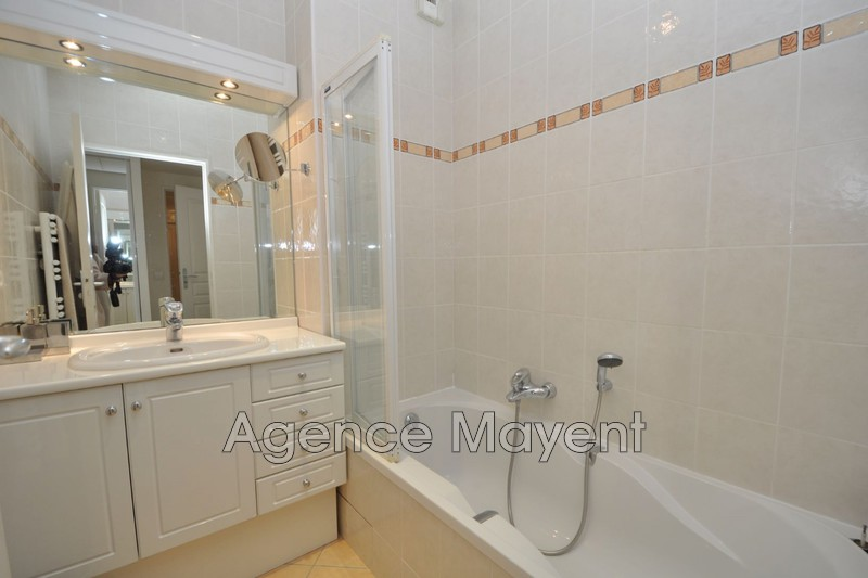 Photo n°3 - Vente appartement Cannes 06400 - 593 000 €