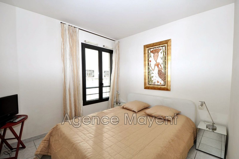 Photo n°2 - Vente appartement Cannes 06400 - 593 000 €