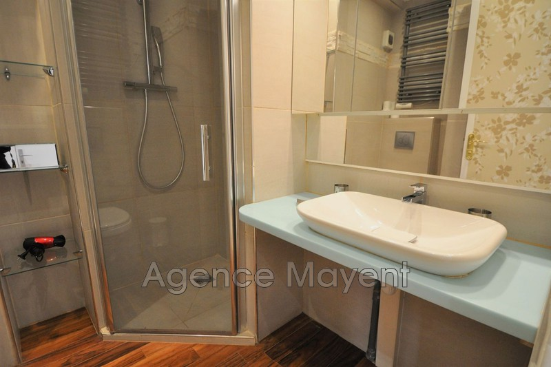 Photo n°4 - Vente appartement Cannes 06400 - 360 000 €