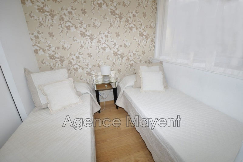 Photo n°3 - Vente appartement Cannes 06400 - 360 000 €