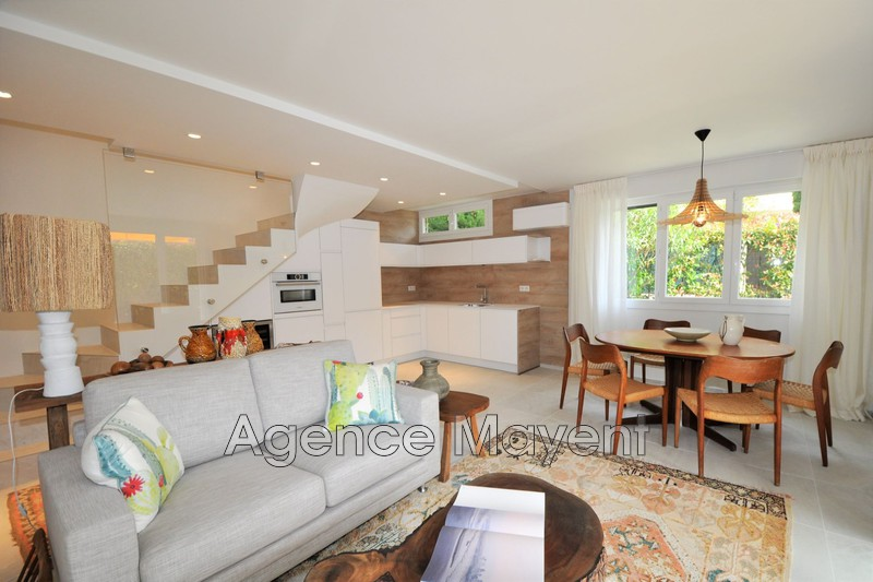 Photo Apartment Cannes Palm beach,   to buy apartment  3 rooms   67 m²
