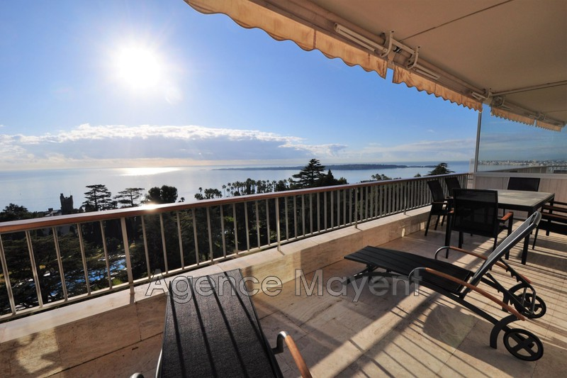 Photo Appartement Cannes La californie,   achat appartement  3 pièces   109 m²