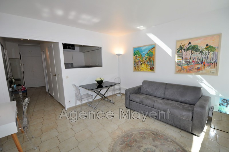 Photo Apartment Cannes Centre-ville,   to buy apartment  1 room   36 m²