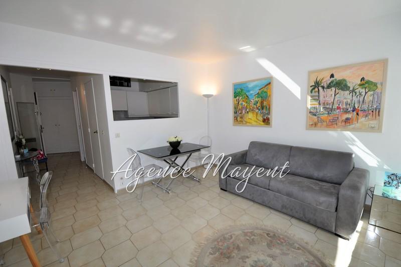 Photo Apartment Cannes Centre-ville,   to buy apartment  1 room   36m²