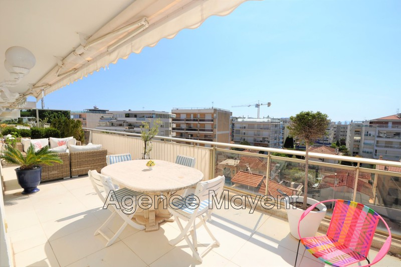 Photo Apartment Cannes Palm beach,   to buy apartment  4 rooms   103 m²