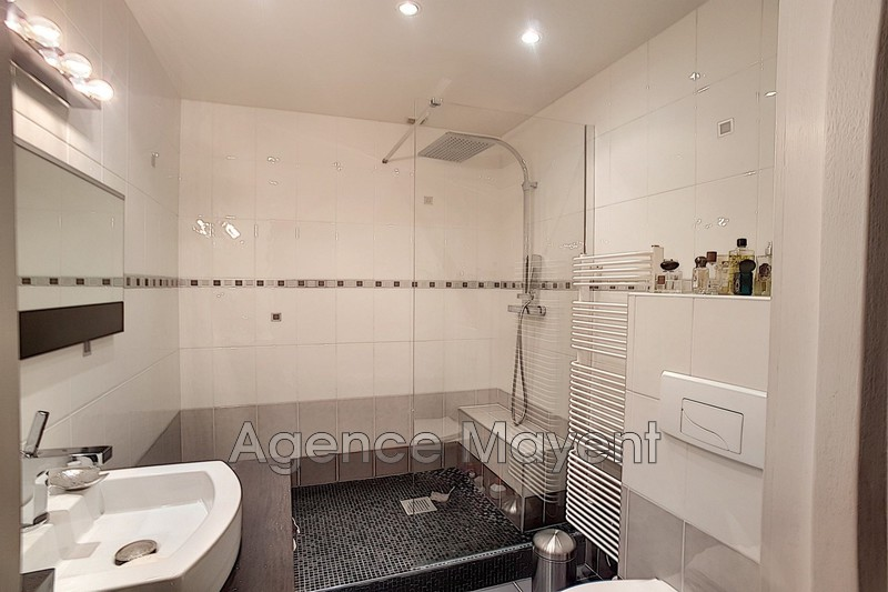 Photo n°9 - Vente appartement Cannes 06400 - 577 500 €