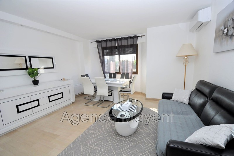 Photo Apartment Cannes Centre-ville,   to buy apartment  2 rooms   51 m²